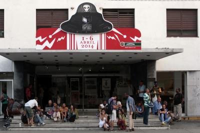 Molotov, Clandestinos 2.0 y La Isla me absorberá: jóvenes pensando Cuba (¡?)