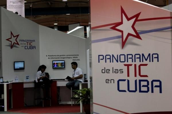 La industria informática busca reafirmarse en Cuba, donde faltan puestos para las nuevas levas de ingenieros de esa disciplina-