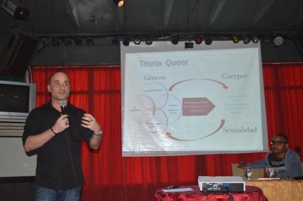 Doctor Alberto Roque en una reciente conferencia