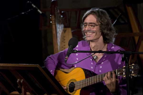 Jorge García durante la grabación del CD-DVD Trovadamente, que dejó listo antes de su muerte, el 20 de diciembre de 2009