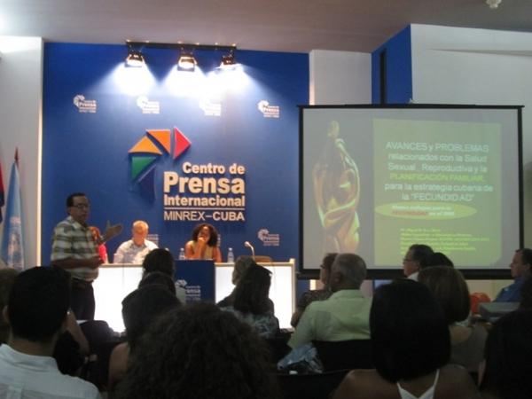 El panel sesionó en el capitalino Centro de Prensa Internacional.