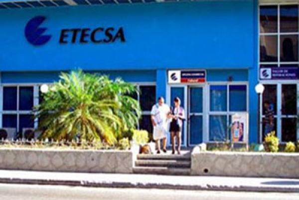 Las telecomunicaciones prometen anotarse el primer acuerdo empresarial cubano-estadounidense después del inicio de conversaciones entre ambos países.