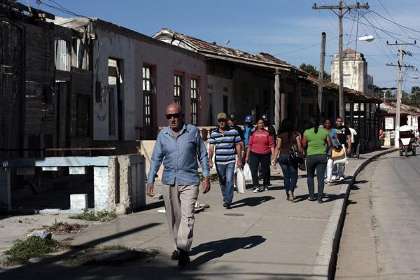 El envejecimiento poblacional y la baja fecundidad desafían las políticas sociales del país