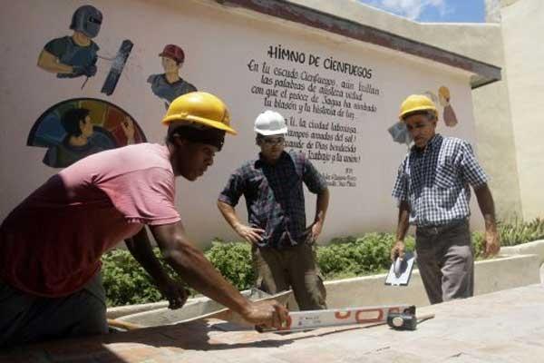 Cuba trabaja en la recuperación de oficios tradicionales vinculados sobre todo a la construcción y la agricultura