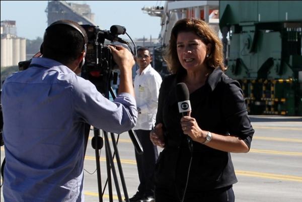 Las mujeres han ganado espacio en el periodismo, pero aún queda mucho por superar en cuanto a representaciones de género en la prensa.