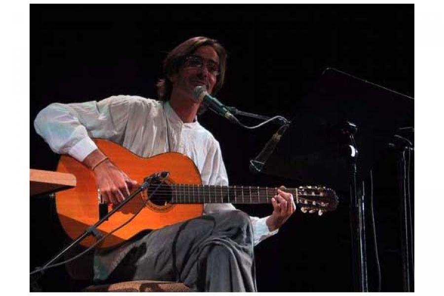 Concierto de grabacion de Jorge Garcia en vivo. (Teatro Amadeo Roldan. La Habana, 6 de mayo de 2005).
