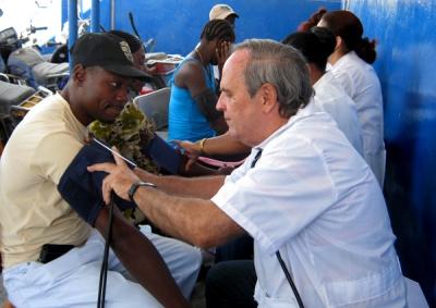 Los servicios médicos en el exterior se han convertido en primera fuente de ingresos del país.
