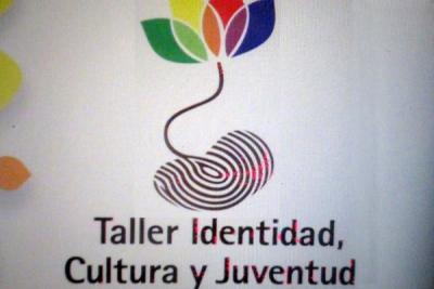 """Cartel del taller organizado por el Instituto Cubano de Investigación Cultural """"Juan Marinello""""."""