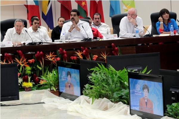Presidentes del ALBA se reunieron en La Habana para analizar estrategias comunes para enfrentar el ébola.